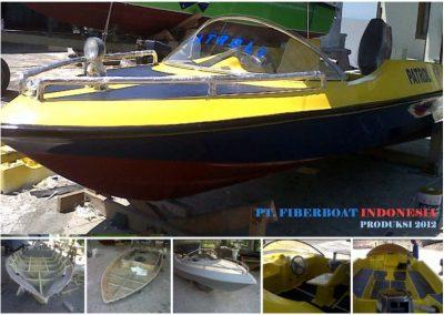 jual-harga-speed-boat-kapal-fiber-fiber-aluminium-patroli-skoci-wisata-aluminium-ambulance-katamaran-seri-fbi-0518-xa